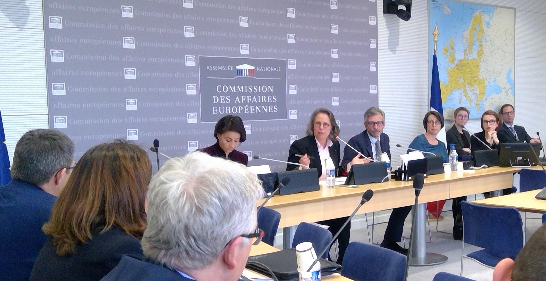 Changement d'heure et Cadre financier pluriannuel : communications en Commission des Affaires européennes